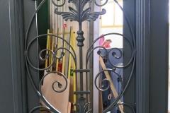 Porte avec grille métal, Asnières